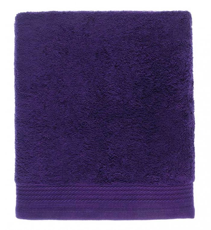 Toalla lisa color morado 61